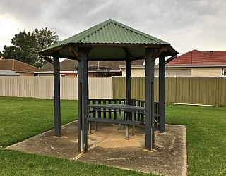 Peterson Avenue Reserve Image 11