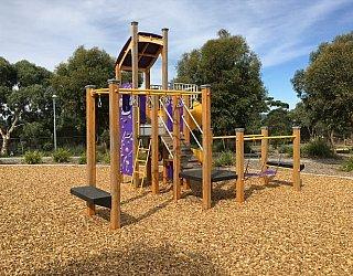 Reserve Street Reserve Playground Multistation 4