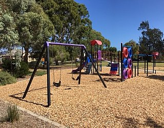 Rosslyn Street Reserve Image 12
