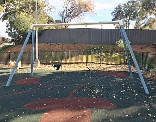 Scarborough Terrace Reserve Swings 1