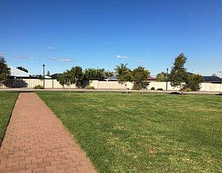 Southbank Boulevard Reserve Grass 2