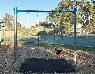 Stanley Street Reserve Swings 1