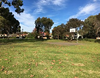Trowbridge Avenue Reserve Image 21