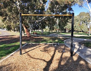 Willoughby Avenue Reserve Swings 2 1