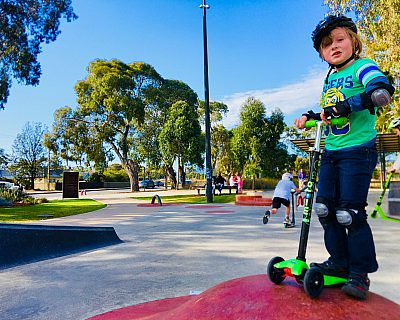 Oaklands Reserve Oaklands Recreation Plaza Skate Rollover Hip Xb 3