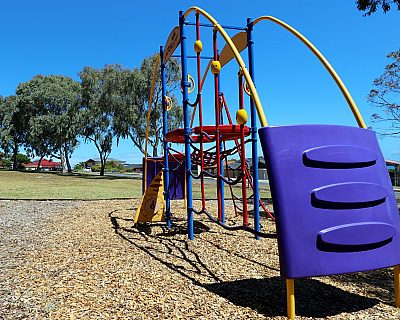 Manoora Drive Reserve Playground Multistation 2