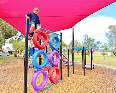 Rosslyn Street Reserve Playground Shade 18 Xb
