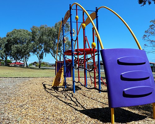 Manoora Drive Reserve Playground Multistation 2