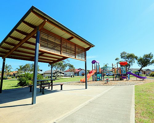 Chatsworth Court Reserve Facilities Picnic 1