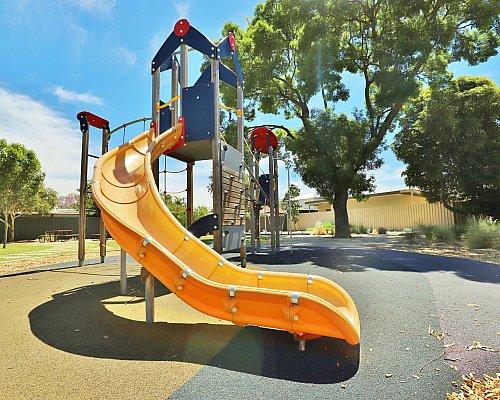 Yapinga Street Reserve Playground Multistation 7