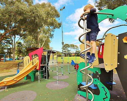 Glandore Oval Playground Multistation 8 Xb