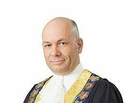News Mayor Kris Hanna In Robes