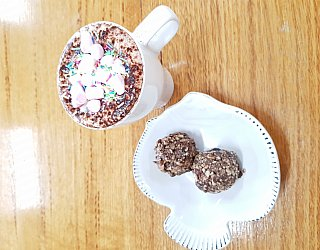 Glandore Cafe 25 Bliss Balls