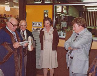 Phl 1980S