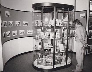 Phl Display 1990