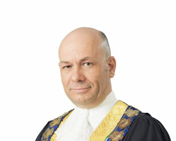 Mayor Kris Hanna In Robes