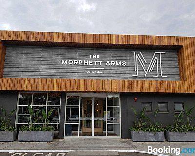 Morphett Arms