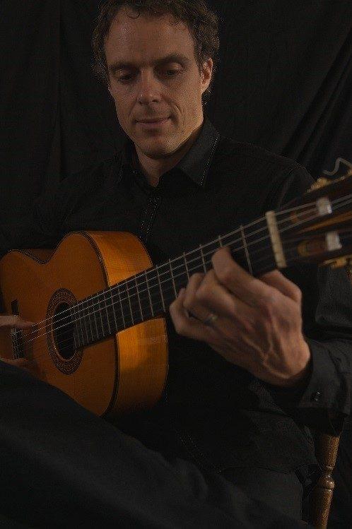 Flamenco Guitar 12 5 20