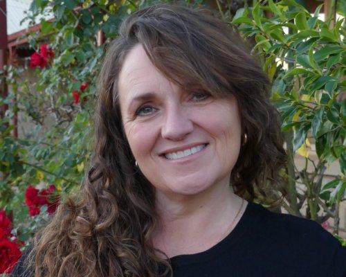 Book Talk Tuesday Leonie Kelsall Headshot2