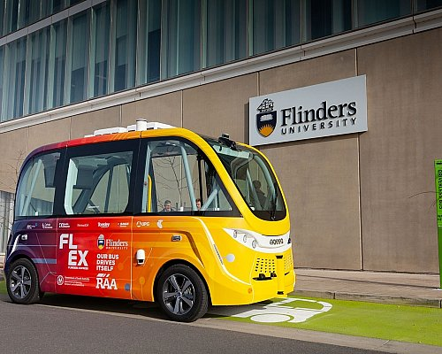 Flex Driverless Bus